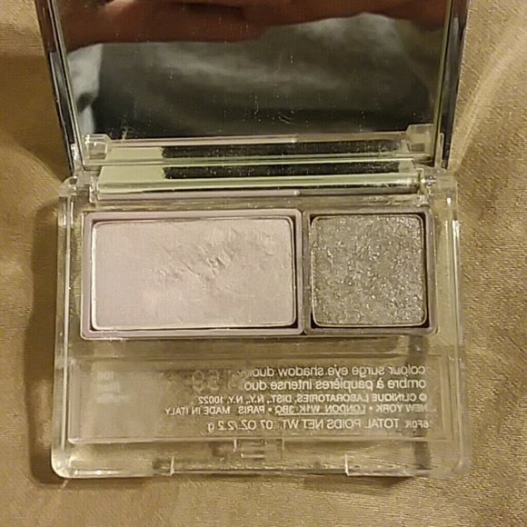 Clinique Other - Clinique double eyeshadow